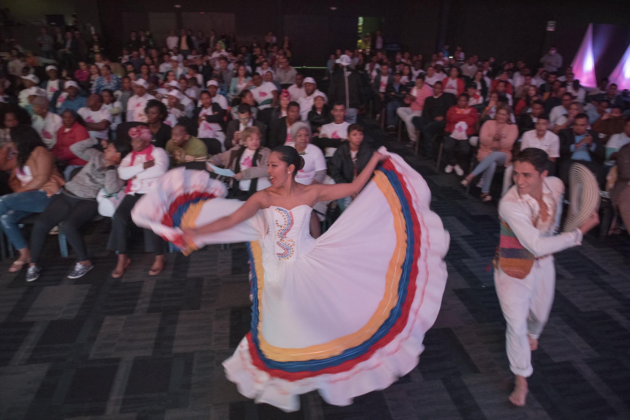 Los bailes populares: ¡embajadores de nuestra tierra!