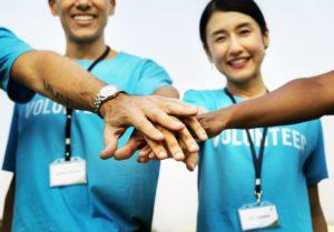 Moneytrans-blog-dia-de-la-solidaridad-voluntariado